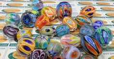 Courses of Artistic Glass Beads in Glass School of Rome Italy by Rankoussi . BEAD SHOP ROME ® Via Sora 30 .