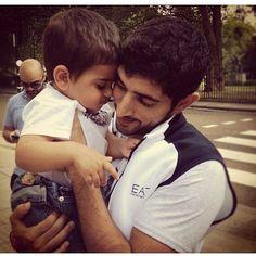 #fazza #faz3 #hamdan #sheikhhamdan #almaktoum #crownprinceofdubai #childrenlove #caring #thebest