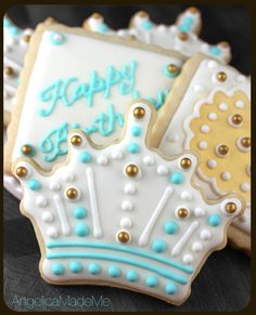 Baby blue and gold themed crown sugar cookies fit for a prince. Crown Cookies, Blue Cookies, Iced Cookies, Easter Cookies, Sugar Cookies, 3rd Birthday Cakes, Birthday Cookies, Prince Birthday, Bolacha Cookies