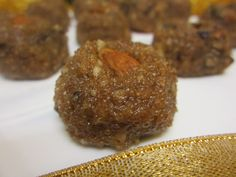 Here is a delicious dates and amaranth ladoo that you can make as an energy snack. It makes a perfect wholesome kids snack box or even as a sweet treat after your workouts. Recipe by Donna. -->http://ift.tt/1XupTbl #Vegetarian #Recipes