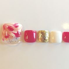 Nail design's