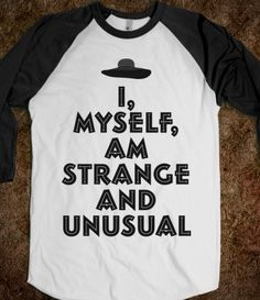 Strange and Unusual Lydia Deetz Cool Shirts, Funny Shirts, Tee Shirts, Looks Style, Style Me, Tim Burton, Look Cool, Graphic Tees, Cute Outfits