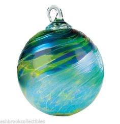 Glass-Eye-Studio-Classic-Green-Feather-Chip-Friendship-Ornament-Ball-169L