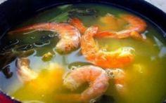 Cinco receitas tradicionais da culinária paraense: tacacá, maniçoba, pato no tucupi, moqueca paraense e mujica de camarão.