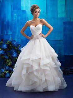 0019b5be6570 18 najlepších obrázkov z nástenky Svadobné šaty allure bridals v ...