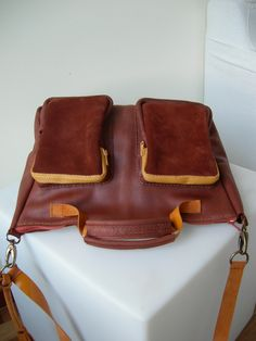 Tote Bag. Buckskin Leather in retro brown. Vintage Travel Bag.  http://www.facebook.com/BagsOnly