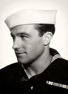 Gene Kelly 1945