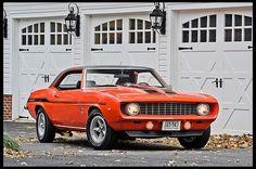 1969 Chevrolet Yenko Camaro, 427ci Cowl Inducted 4Bbl SolidLifter BigBlock V8/HD CloseRatio 4speed/HD 4.10 12bolt PosiAxle(12,600 Original Miles)