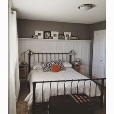 """Keep Home Simple: Our Split Level Fixer Upper-I could practice board-and-batten skills in my """"good-enough-for-now"""" bedroom Dream Master Bedroom, Home Bedroom, Bedroom Wall, Bedroom Decor, Bedroom Ideas, Wainscoting Bedroom, Bed Room, Split Foyer, Split Entry"""