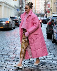 "306 Likes, 4 Comments - Fashion in Pills (@fashioninpills) on Instagram: ""@GigiHadid brightens up our day wearing this millenial pink puffer jacket!"""