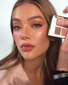 Natural Summer Makeup, Natural Makeup For Brown Eyes, Makeup Looks For Brown Eyes, Natural Makeup Looks, Fresh Makeup Look, Light Makeup Looks, Natural Everyday Makeup, Day Makeup Looks, Celebrity Makeup Looks