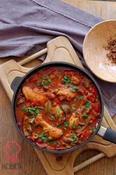 Kurczak w sosie pomidorowo-paprykowym Thai Red Curry, Ethnic Recipes, Food, Essen, Meals, Yemek, Eten