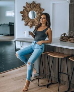 Great outfit idea to copy ♥ For more inspiration join our group Amazing Things ♥ You might also like these related products: - Jeans ->. Cute Casual Outfits, Chic Outfits, Fashion Outfits, Womens Fashion, Girl Outfits, Body Suit Outfits, Pretty Outfits, Trendy Fashion, Fashion Ideas