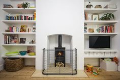 Lovely fire guard from Garden-Requisites! Six Stylish and Safe Ways To Dress Your Fireplace English House, English Style, Victorian Nursery, Log Holder, Modern Properties, Log Fires, Log Burner, Round Design, Contemporary Design