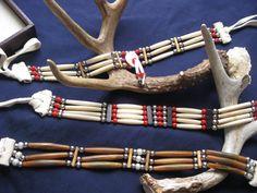 Native Indian Jewelry, Native American Jewellery, Native American Beadwork, Native American Fashion, Beaded Choker, Beaded Jewelry, American Indian Crafts, Indian Accessories, Medicine Bag