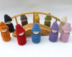 Gnome poupée bois et crochet