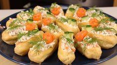 """Eclerele-aperitiv """"Încântare"""" — foarte originale și incredibil de gustoase! - Retete Usoare Romanian Food, Romanian Recipes, Baked Potato, Cantaloupe, Potato Salad, Avocado, Food And Drink, Potatoes, Baking"""