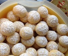 Dinschens vanilla balls (without egg) super easy and Dinschen's Vanillekugeln (ohne Ei) super einfach und schnell thumbnail image 1 - Cupcake Recipes, Baking Recipes, Cookie Recipes, Dessert Recipes, Christmas Desserts, Christmas Baking, Fall Recipes, Vegan Recipes, Mozarella