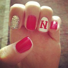 Husker nails ❤