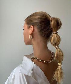 Hair Inspo, Hair Inspiration, Fashion Inspiration, Aesthetic Hair, Beige Aesthetic, Good Hair Day, Dream Hair, Trendy Hairstyles, Easy Vintage Hairstyles