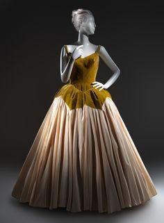 Charles James (American, born Great Britain, 1906–1978). Petal, 1951. The Metropolitan Museum of Art, New York. Gift of Marietta Tree, 1965 (C.I.65.36.2)