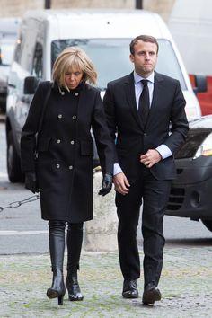 Brigitte Macron arrive seule à la passation de pouvoir -...