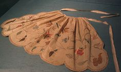 apron worn by Lavinia Fenton as Polly Peachum in The Beggars Opera, 1728 by rosewithoutathorn84, via Flickr