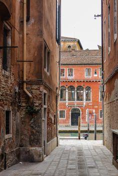 Venezia, Italy by Pinvi