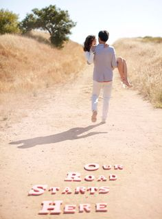 really cute e-session photo idea