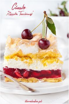 In search of DIY jello cake ideas? If you want to try and make these colorful yummies, I've rounded up a list of jello cake recipes you can try. Sex In A Pan Recipe, Jello Cake Recipes, Polish Recipes, Polish Food, Dream Cake, Diy Cake, Recipes From Heaven, Food Cakes, Pavlova