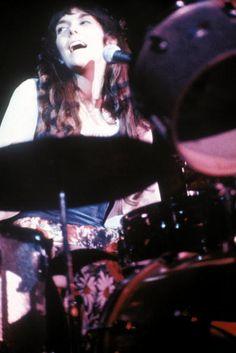 Karen Carpenter Richard Carpenter, Karen Carpenter, Indie Music, Music Songs, Karen Richards, Top 20 Hits, Best Duos, Custom Guitars, Old Soul