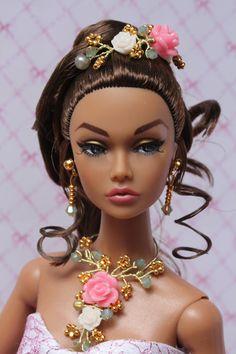 https://flic.kr/p/sFr5LK | Beautiful India Poppy | Modelling a new jewelry set with matching headpiece... www.etsy.com/shop/IsabelleParisJewels