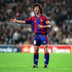 1988-97 José Mari Bakero played midfield. In league competition he scored 72 goals in 270 matches. He was an important contributor to the Dream Team of the mid-90's. [No. 2]