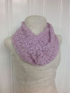 Lacy Shells Infinity Scarf.  Free pattern.  Undeniable Glitter
