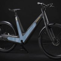 - independent from traditional power supply - zerocarbonfootprint  - Bike control via smartphone
