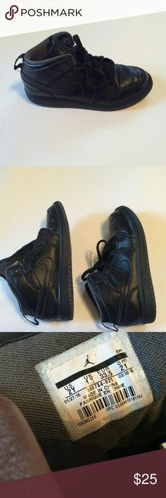 Nike Air Jordan  1 Mid Basketball shoes 2Y Nike Air Jordan 1 Mid Basketball shoes on good preowned condition, normal signs of wear, needs new shoelaces,  Please see photos above before purchase. Nike Shoes Sneakers