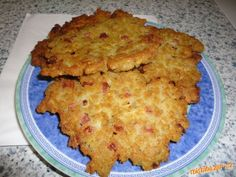 Placky ze suchého chleba (jakoby bramboráky) Czech Recipes, Ethnic Recipes, No Salt Recipes, Cauliflower, Macaroni And Cheese, Healthy Snacks, Brunch, Food And Drink, Meat