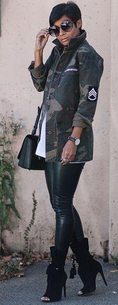 Kyrzayda Camo Jacket On Black Faux Leggings Fall Street Style Inspo #Fashionistas Leggings - http://amzn.to/2id971l