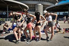 Milano, fan sotto il sole in attesa di Beyoncé a San Siro