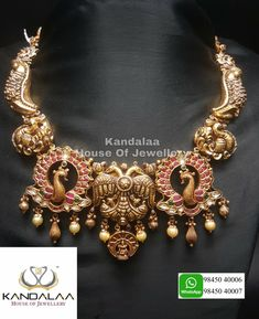 Mysore greatness at its best in the form of necklace! Antique Necklace, Antique Jewelry, Gold Jewelry, Jewelry Necklaces, Gold Necklace, Bracelets, Mysore, Bridal Jewellery, Antiques