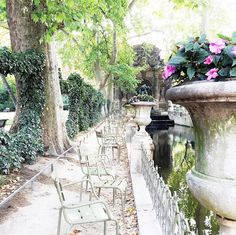 The Zhush: Wanted: Paris Recommendations