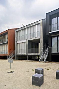 Social housing in Merksplas (Belgium) by TEEMA Architecten          #VMZINC #Architecture #Zinc #Façade #Belgium #Belgique #AnthraZinc #NaturalZinc
