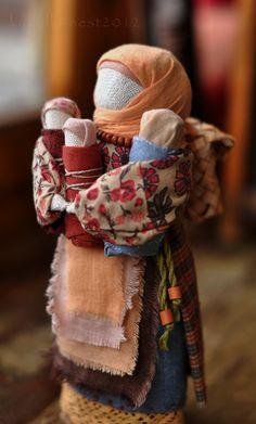 """Народные куклы ручной работы. Ярмарка Мастеров - ручная работа Куколка """"Мамушка с 3-мя детками"""".. Handmade."""