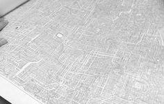 Hombre dedica 7 años a dibujar este misterioso laberinto/ Artsy, Interior, Home Decor, Maps, Impressionism, Abstract, Labyrinths, Awesome, Transportation