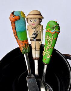 Custom Made Serving Cutlery Set for Boy Explorer par RadArtaDesign