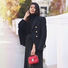 The lovely Sruti of  @l.o.v.e_and_b.l.o.s.s.o.m.s with the red #snowberry handbag available at @labante_london and @houseoffraser  #fashionwithrespect #labanteloves #ethicalfashion #veganlifestyle #peta #sustainable #ethicalbrand
