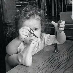 Laugh At Yourself, Makes You Beautiful, Make Me Smile, Little Ones, Cute Babies, Art Photography, Childhood, Black And White, History