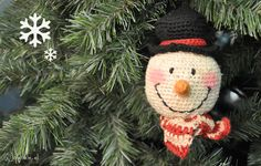 Frosty The Snowman - Ho ho ho, its the most wonderful time of the year! free crochet patterns of cute holiday projects! Merry Christmas, Felt Christmas, Christmas Snowman, Christmas Projects, Winter Christmas, Christmas Ornaments, Christmas Specials, Holiday Crochet, Christmas Knitting