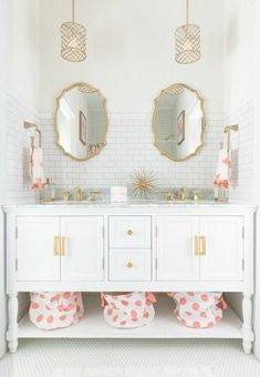 White Bathroom Ideas - See our favored white shower rooms and check out our preferred white bathroom pictures, including white bathroom furnishings, white decor and also . 1950s Bathroom, Bathroom Kids, White Bathroom, Bathroom Interior, Small Bathroom, Vanity Bathroom, Girl Bathroom Ideas, Brass Bathroom, Feminine Bathroom