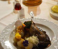 Pierś kurczaka faszerowana mozzarellą - kuchniabazylii.pl - blog kulinarny Quesadilla, Ale, Chicken, Meat, Lunch, Food, Beef, Ale Beer, Meals